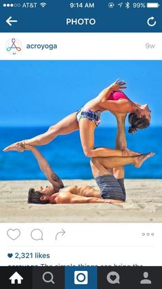 Can yoga really help you lose weight? Easy and effective yoga poses for weight loss will tone your arms, flatten your belly, and slim down your legs. Couples Yoga Poses, Acro Yoga Poses, Yoga Moves, Bikram Yoga, Yoga Exercises, Yoga Girls, Partner Yoga, Power Yoga, Les Chakras