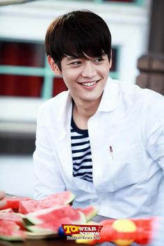 Minho filming To the Beautiful You