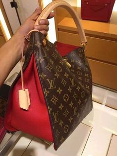 Women Fashion Styling Tips Louis Vuitton Handbag&; Women Fashion Styling Tips Louis Vuitton Handbag&; bagmojoonline bagmojoonline Designer handbags Women Fashion Styling Tips Louis Vuitton Handbags 2017 New […] vuitton handbag 2017 Chanel Handbags, Fashion Handbags, Purses And Handbags, Fashion Bags, Designer Handbags, Ladies Handbags, Luxury Handbags, Cheap Handbags, Womens Fashion