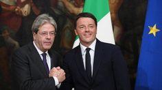Ambiguità di Renzi col governo