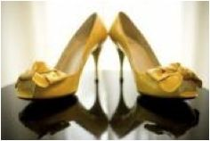 Love these shoes! I have similar ones with a shorter heel! Yellow Wedding Shoes, Yellow Grey Weddings, Gray Weddings, Short Heels, Low Heels, Estilo Pin Up, Something Old, Mellow Yellow, Pin Up Girls