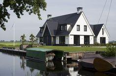 Huis Nils, wel in dorp niet bij water