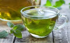 In the world of effective all-natural home remedies, oregano tea is at the top of the list. Oregano tea has been used traditionally for centuries as a treatment for different ailments. It's made up of several phytonutrients including thymol and rosmarinic Natural Home Remedies, Natural Healing, Plante Anti Stress, Spearmint Tea, Water Retention Remedies, Oregano Oil, Oregano Plant, Peppermint Tea, Peppermint Leaves