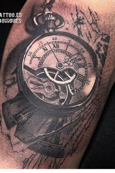 Tattoo clockwork clock