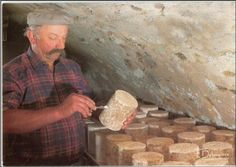 Les fromages d'Auvergne:La Fourme d'Ambert