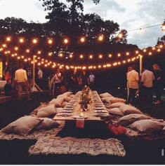 46 Cozy Backyard Wedding Decor Ideas For Summer - Wedding . # backyard Weddings 46 Cozy Backyard Wedding Decor Ideas For Summer - Wedding . Boho Wedding, Dream Wedding, Wedding Ideas, Trendy Wedding, Party Wedding, Rustic Wedding, Wedding Summer, Wedding Seating, Casual Wedding Reception