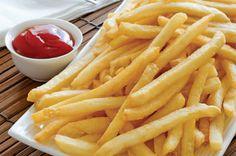 Comer batatas fritas duas vezes por semana duplica risco de morte, diz estudo https://angorussia.com/lifestyle/saude/comer-batatas-fritas-duas-vezes-semana-duplica-risco-morte-diz-estudo/