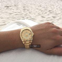 Sunday Funday by the beach.    #fine #rolex #skydweller #18k #allgold