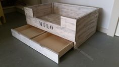 Image result for hondenmand hout