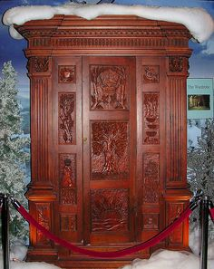 The Wardrobe from The Chronicles of Narnia: The Lion, The Witch and The Wardrobe by Barry Wallis, via Flickr