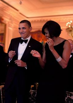 Barack Obama & Michelle Obama, Getting their groove on!