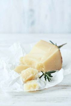 Pecorino on a platter. What's not to love?
