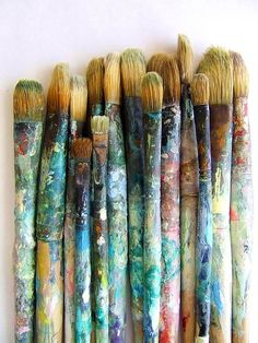 How many dreams were painted with these brushes ?