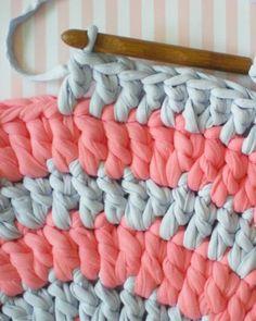 Diy tapis ★ Epinglé par le site de fournitures de loisirs créatifs Do It Yourself https://la-petite-epicerie.fr/fr/619-trapilho-et-ribbon ★
