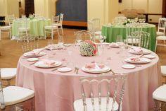 Allestimento tavoli in pink