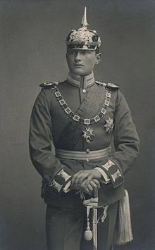 WWI, Prince Heinrich of Bavaria ( 24 June 1884 - 8 Nov highly decorated German Army officer. World War One, First World, Royals Today, German Royal Family, Ww1 Soldiers, World Conflicts, Military Orders, Man Of War, Mystery Of History