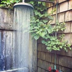 outdoor rustic shower- one day Outdoor Baths, Outdoor Bathrooms, Outdoor Spaces, Outdoor Living, Outdoor Decor, Rustic Outdoor, Outside Showers, Outdoor Showers, Garden Shower