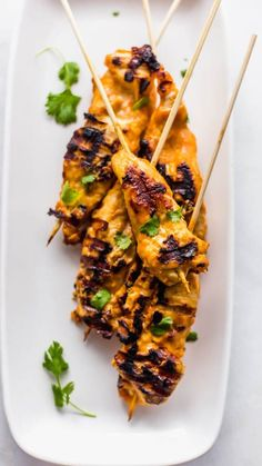 Easy, Thai inspired Cashew Chicken Satay Skewers with Chili Cashew Dipping Sauce is the perfect, non-boring recipe you need to make for dinner. This healthy recipe has marinated chicken on…More Dairy Free Recipes, Paleo Recipes, Asian Recipes, Paleo Meals, Turkey Recipes, Sauce Recipes, Healthy Meals, Paleo Dinner, Easy Dinner Recipes