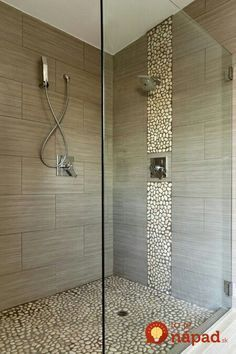 The post Gemauerte Dusche selber bauen appeared first on Fashion Trend. Pebble Floor, Pebble Tiles, Pebble Stone, Glass Tiles, Stone Mosaic, Pebble Shower Floor, River Stone Shower, Shower Accent Tile, Tile Walk In Shower