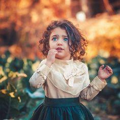 The World Cutest Baby - Anahita Hashemzadeh - My Baby Smiles Cute Baby Girl Photos, Cute Kids Pics, Cute Little Baby Girl, Cute Baby Pictures, Cute Girl Photo, Cute Girls, Beautiful Pictures, Emoji Pictures, Sweet Girls