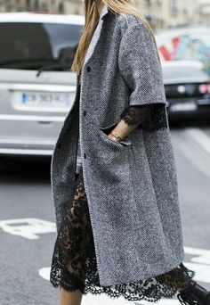 Beautiful contrast: Short sleeved wool coat and lace dress