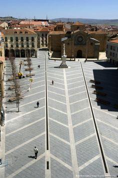 Avila, plaza santa Teresa de Jesus