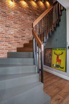 Nasz projekt i realizacja. Beton/drewno/metal i cegła :) #stairs #stairsdesign #schody #beton #cegła #interior #design #artecubo #wroclaw Sweet Home, Villa, Stairs, House Design, Flooring, Interior Design, Home Decor, Field Of Dreams, Ladder