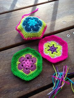 Crocheting African Flowers
