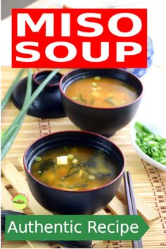Miso soup- How to make with only 6 ingredients (easy) Miso soup recipe is easy and only need a few ingredients. This article shows you in details how to prepare this Japanese miso soup. Asian Recipes, Gourmet Recipes, Soup Recipes, Cooking Recipes, Healthy Recipes, Easy Recipes, Japanese Miso Soup, Asian Soup, Turkey Soup