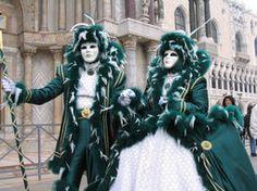 """(Italiano) 03/02/14. ITALIA > CARNEVALE DI VENEZIA - """"Carnevale di Venezia parzialmente rovinato dalla pioggia"""""""