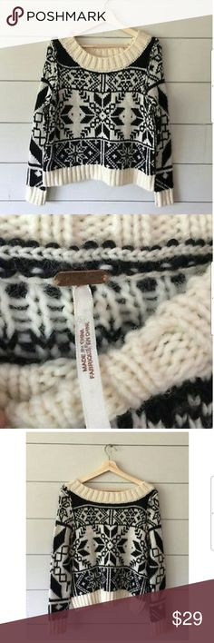 Free People Black Ivory Snowflake Ski Knit Sweater Great pre-owned condition. Xs Free People Sweaters