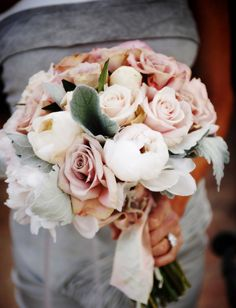 Blush bouquet - isariflowerstudio Bhldn Wedding, Our Wedding, Dream Wedding, Wedding Ideas, Wedding Stuff, Neutral Wedding Flowers, Floral Wedding, Wedding Colors, Sola Flowers