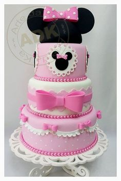 Minnie Mouse & Pink Bows Birthday Cake