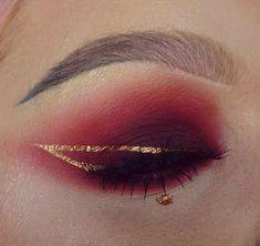 Eye Makeup Tips.Smokey Eye Makeup Tips - For a Catchy and Impressive Look Eye Makeup Art, Cute Makeup, Pretty Makeup, Makeup Inspo, Eyeshadow Makeup, Makeup Inspiration, Beauty Makeup, Makeup Looks, Hair Makeup