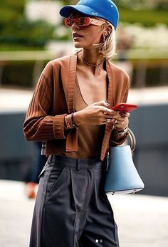 Fashion Tag, Womens Fashion, Street Photography, Hipster, Street Style, Paris, Guys, Chic, Casual