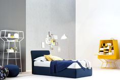 True Bed, blue cover in contrast with yellow piping, made in Italy - Blue shades like in the PANTONE® Color Of The Year 2020™ Classic Blue 19-4052. Find this and more Luxury Italian Furniture & High-end Lighting with Classic Blue shades at Cassoni.com