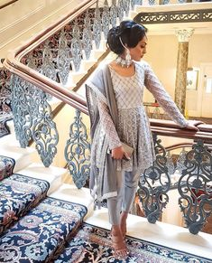 ideas bridal hijab styles pakistani for 2019 Indian Bridal Outfits, Pakistani Wedding Outfits, Indian Designer Outfits, Pakistani Bridal, Designer Dresses, Pakistani Dresses Casual, Pakistani Dress Design, Desi Wear, Mode Bollywood
