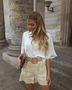 Trend Fashion, Fashion 2020, Look Fashion, Womens Fashion, Classy Fashion, 70s Fashion, Summer Fashion Trends, Fashion Lookbook, Petite Fashion