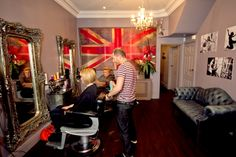 V. Patriotic decor at The Copper House #thecopperhouse #bakerstreet #middlesbrough #hairsalon