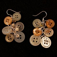How to Make Button Earrings | AllFreeHolidayCrafts.com