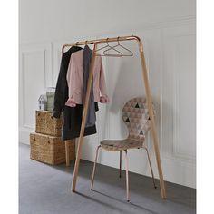 Uyen Solid Oak and Metal Clothes Rack