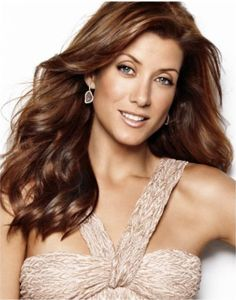 Kate Walsh; perfect example of how beautiful redheads are.