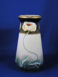 "Zeh Scherzer & Co. (ZS&Co.) Bavaria Arts & Crafts ""Pond Lilies"" Design Vase (Signed ""C.W.""/c.1880-1909)"