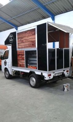 If you looking to purchase a stunning food truck then look no further in purchasing a money spinner from the Augustyn Food Truck Team. No ...259035518