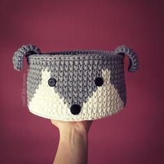 Handmade Home Decor Crochet Crafts, Crochet Toys, Crochet Projects, Knit Crochet, Crochet Case, Free Crochet, Crochet Basket Pattern, Crochet Patterns, Crochet Baskets