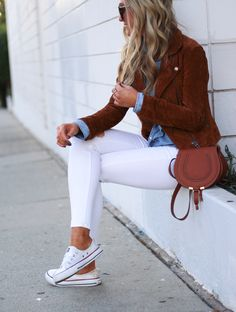 Casual Day Outfits, Mode Outfits, Jean Outfits, Winter Outfits, Summer Outfits, Fashion Outfits, Womens Fashion, White Jeans Winter Outfit, White Pants Outfit