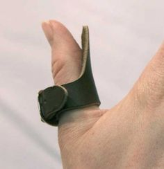 Archery Thumb Ring #ravenswoodleather