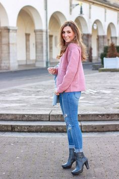 Pastell blaue Jacke von Taifun Fashion  #familienzeit #familienausflug #abendessen #liketkit #ltkfashion #wiw #ontheblog  #goodlife #love #lovebirds #instabeauty #fashioninspiration #zara #blogger #blogger_de #familyfirst #fashionblogger #fashionblogger_de #potd #outfit #bayerischerwald #bayern #ffmblogger