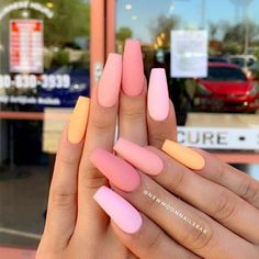 Want some ideas for wedding nail polish designs? This article is a collection of our favorite nail polish designs for your special day. Read for inspiration Stiletto Nail Art, Matte Nails, Glitter Nails, Coffin Nails, My Nails, Acrylic Nails, Chrome Nails, Nail Manicure, French Nails