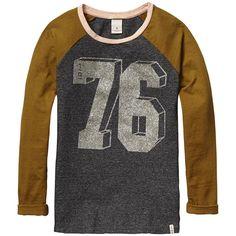 Long sleeve t-shirts Teen Girl Tween Boy Fashion, Kids Fashion, Tween Girls, T Shirts, Latest Fashion Trends, Girl Outfits, Sweatshirts, Clothes, Glitter